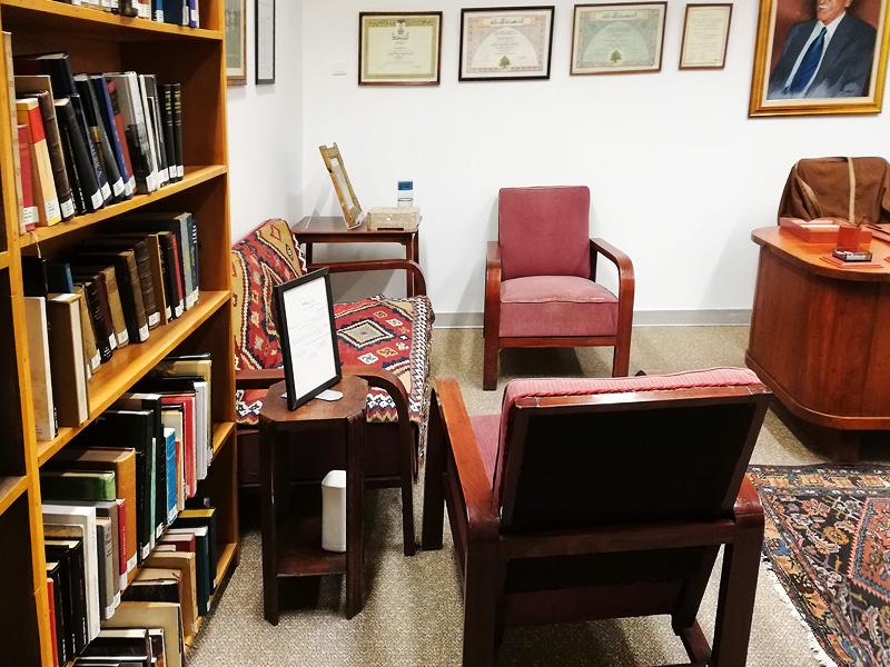 riyad-nassar-library09.jpg